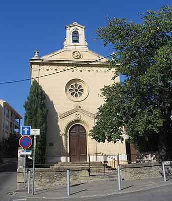 façade du temple de Salon de Provence